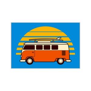 پوستر طرح  ماجراجویی با ون و کمپ زدن در کنار دریا